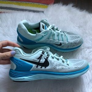 Nike Running lunarlon sz 8.5 two toned blue euc